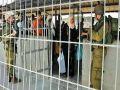جيش الاحتلال الاسرائيلي ينصب حواجز عسكرية على مداخل جنين