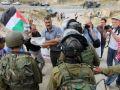 جيش الاحتلال يقمع مسيرة المعصرة المنددة بالاستيطان