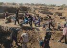 القبض على 12 شخصاً يقوم بأعمال حفر وتنقيب عن آثار في جنين