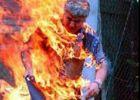 شاب يحرق أحد أقاربه ويسلم نفسه للشرطة في جنين