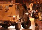 قوات الاحتلال تعتقل أربعة مواطنين من مدينة الخليل