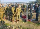 طعن جندي إسرائيلي جنوب الخليل واصابة المنفذ