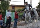بولندي يدفعه التعرف على الإسلام للسفر إلى القدس على حصانه
