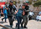 قوات الاحتلال تعتقل 9 شبان بزعم مشاركتهم في المواجهات التي اندلعت بالقدس