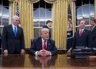 الرئاسة: لم يجر أي حديث مع الإدارة الأميركية حول صفقة القرن