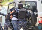 الشرطة تقبض على شخص صادر بحقه17 مذكرة قضائية بمبلغ 900 ألف شيكل في قلقيلية