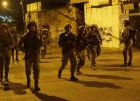 الاحتلال يعتقل ثمانية مواطنين بينهم طالبة جامعية