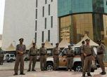 عشرات القتلى والجرحى بتفجير انتحاري بمسجد في السعودية - شاهد ...