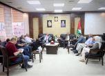 عصام أبو بكر يطلع رئيس الجالية الفلسطينية في بريطانيا على أو ...