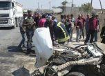 صور : (15) إصابة جراء تصادم بين مركبتين على مفترق طرق بين بل ...