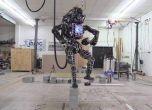 روبوت جوجل اصبح يتقن المشي على أرض وعرة
