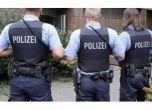 استدعت الشرطة لزوجها وهو نائم.. تعرف على السبب!