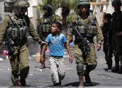 قوات الاحتلال تعتقل طفلا من بلدة بدّو