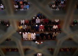 """""""طفرة مستقبلية"""" في أعداد المسلمين"""