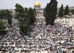 أكثر من ربع مليون مصل في الأقصى بالجمعة الثانية من رمضان