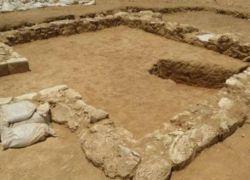 اكتشاف بقايا أحد أقدم مساجد العالم في صحراء النقب