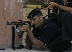 رام الله : القبض على شخصين مطلوبين صادر بحقهما مذكرات بملايين الشواقل
