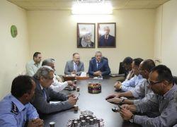 محافظ طولكرم عصام أبو بكر يشدد على مواجهة جميع التعديات على الأودية وانهاء التجاوزات ومعالجة ملف مشاطب المركبات