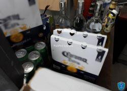 الشرطة تقبض على مواطن يتاجر بالمشروبات الكحولية داخل منزله