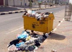 غزة- غرامة 3 ألاف دينار لمن يلقي النفايات في الأماكن العامة