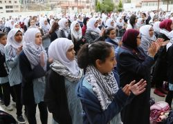 مدارس طولكرم تحي اليوم الوطني للكوفية