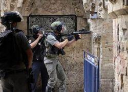 """حكومة الاحتلال تطلق يد """"القناصة"""" لمواجهة ملقي الحجارة"""
