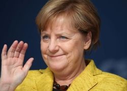 ميركل رفعت مساعدات المانيا للفلسطينيين من 3 ملايين يورو الى 80 مليون يورو