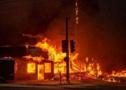 ضحايا بالعشرات واكثر من 600 من المفقودين في حرائق كاليفورنيا