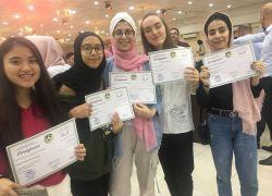 طولكرم: تخريج 160 طالبا وطالبة أنهوا دورات تدريبية في القدس المفتوحة