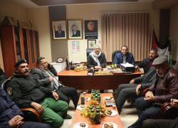 محافظ طولكرم عصام أبو بكر يزور بلدية علار بمشاركة قائد المنطقة ومدراء الأجهزة الأمنية