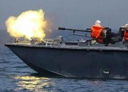 بحرية الاحتلال تفتح النار على مراكب الصيادين قبالة سواحل غزة