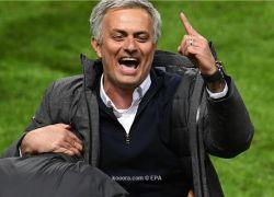 """هل تنجح """"تميمة"""" الموسم الثاني مع مورينيو في مانشستر يونايتد؟"""