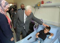 الرئيس مفتتحا مستشفى: لن يكون أي مريض يعالج بالخارج
