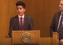 فتى فلسطيني يبهر وزراء الخارجية العرب بدقيقة ونصف