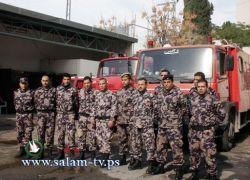 الدفاع المدني ينفذ تدريبا لطلبة مدارس على الانقاذ والاطفاء