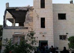 الاحتلال يفجر منزل الشهيد نمر الجمل من بلدة بيت سوريك شمال غرب القدس