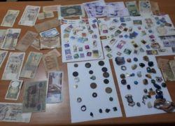 الشرطة تضبط قطع اثرية و اوراق نقدية قديمة في طوباس