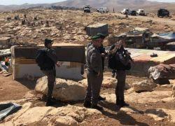 إسرائيل تجمد قرار هدم 'الخان الأحمر'