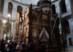 """كشف النقاب عن """"قبر المسيح"""" بعد عملية الـ4 ملايين دولار"""