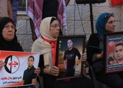 دفعة جديدة من الأسرى تنضم للإضراب المفتوح عن الطعام