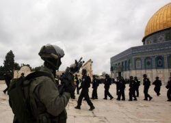 الأردن يستدعي سفير إسرائيل احتجاجا على الانتهاكات في الأقصى