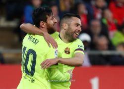 ميسي يقود برشلونة لكسر أنياب جيرونا