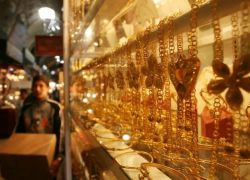 الذهب ييرتفع لاعلى سعر منذ 6 سنوات