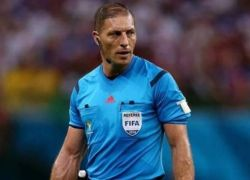 الفيفا تثير الجدل بعد اختيارها لحكم مباراة نهائي كأس العالم