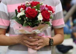7 سنوات سجن لشاب صالح حبيبته بباقة زهور مسروقة!