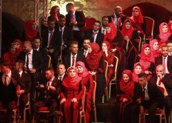 نابلس تحتفل بزفاف 160 عريسا وعروسا في حفل جماعي