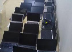 الشرطة تكشف ملابسات سرقة 64 جهاز لابتوب من محل أجهزه الكترونية في طولكرم