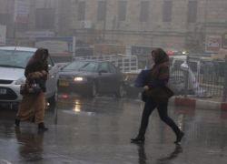أول منخفض جوي هذا الموسم..أمطار وعواصف رعدية الخميس والجمعة