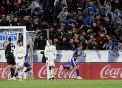 ريال مدريد يتعثر أمام ألافيس بطعنة قاتلة