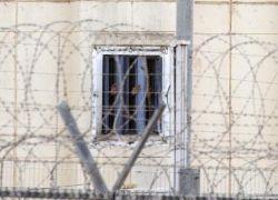 الأسرى يدخلون يومهم الثامن في الإضراب
